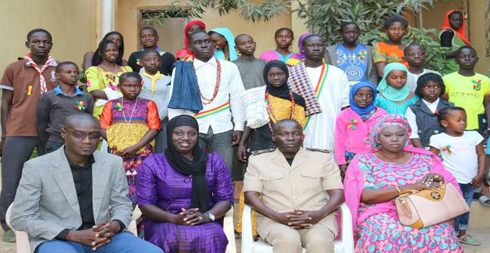 Conseil communal des enfants de Mboro avec le Sous-préfet ; le chef de cabinet du Maire et le 2e adjoint