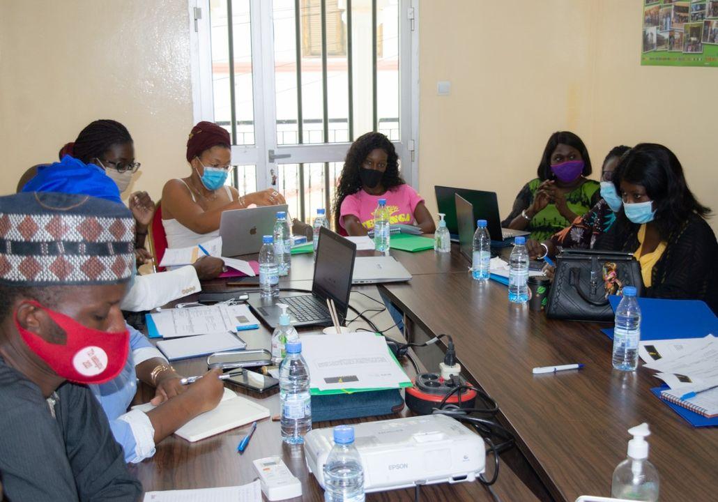 Clarifier les valeurs pour renforcer la santé reproductive : L'ONG JED forme 10 acteurs associatifs.